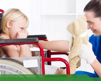 Asistente de niños con necesidades diferentes